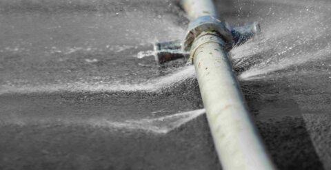 חוסכים בענק בעזרת גילוי מוקדם של כשלים בצינורות מים